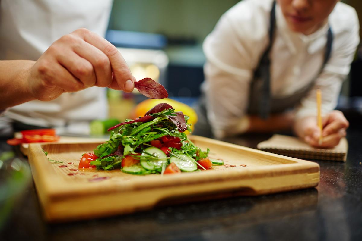 i nostri corsi di cucina con mirko gadignani il cuoco del